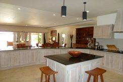 bali-beachfront-villa-for-sale-kitchen-center