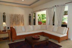 bali-beachfront-villa-for-sale-lounge