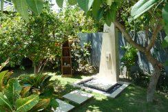 bali-beachfront-villa-for-sale-outdoor-shower