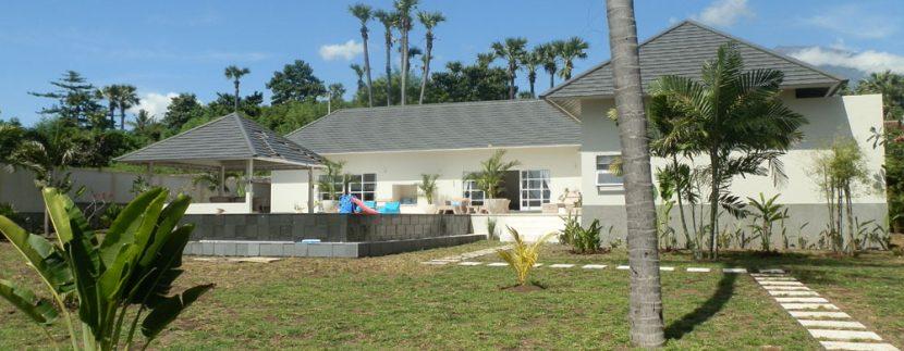 east-bali-beachfront-villa-sale