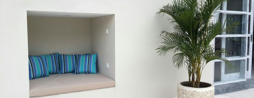 east-bali-villa-for-sale-cushions
