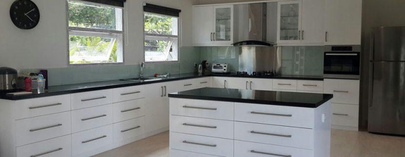 east-bali-villa-for-sale-kitchen