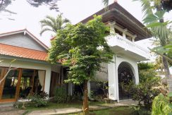bali-lovina-beach-villa-sales-entree-main-house