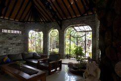 bali-lovina-beach-villa-sales-lounge