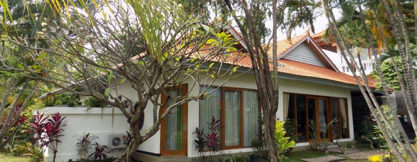 bali-lovina-beach-villa-sales-main-house2