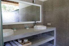 bali-sea-front-villa-for-sale-bathroom