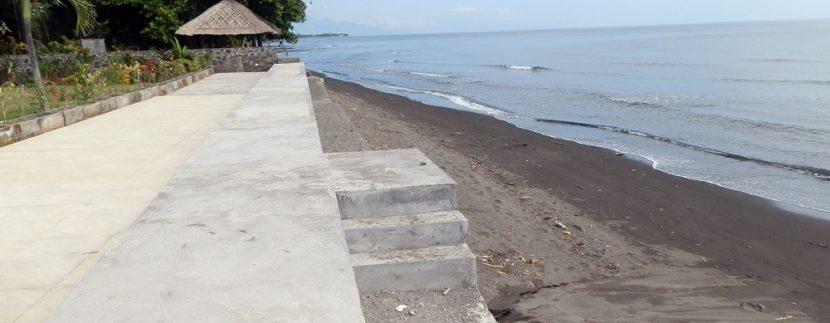 bali-sea-front-villa-for-sale-construction