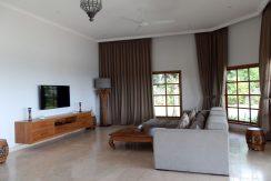 bali-sea-front-villa-for-sale-indoor