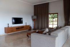 bali-sea-front-villa-for-sale-living