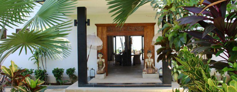 bali beachfront villa for sale entree door