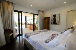 bali beachfront villa for sale master bedroom