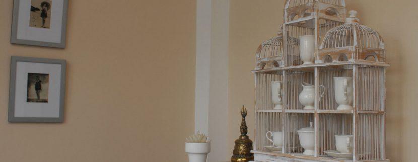 lovina-hillside-villa-for-sale-indoor-decoration-10