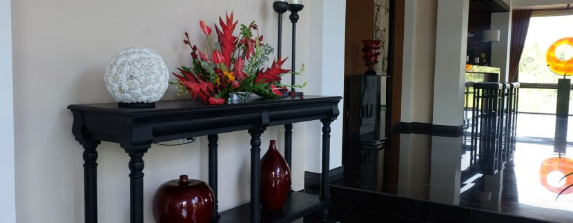 lovina-hillside-villa-for-sale-indoor-decoration-4