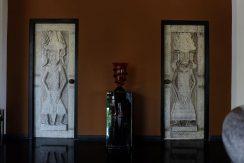 lovina-hillside-villa-for-sale-indoor-room-entree-1