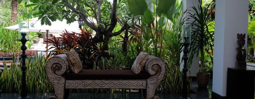 lovina-hillside-villa-for-sale-lounger-1