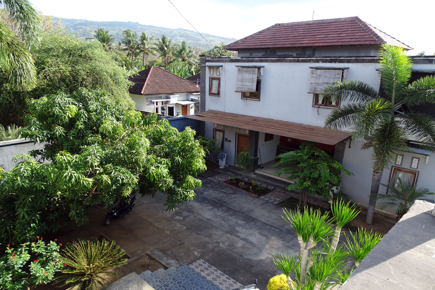 Bali Lovina house for sale – with add. guesthouse
