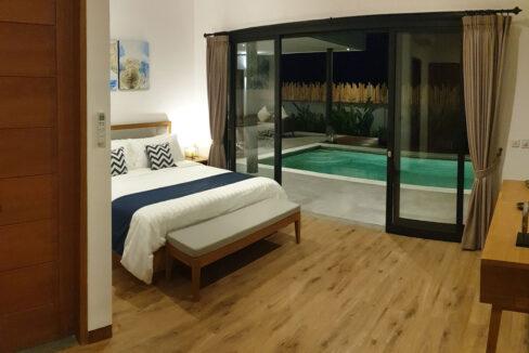 bali-lovina-villa-for-sale-bedroom-pool-view