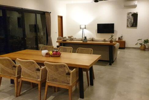 bali-lovina-villa-for-sale-dining