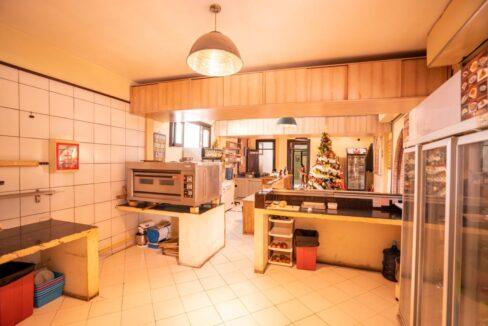 restaurant-kitchen-3
