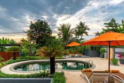lovina-villa-sale-pool4