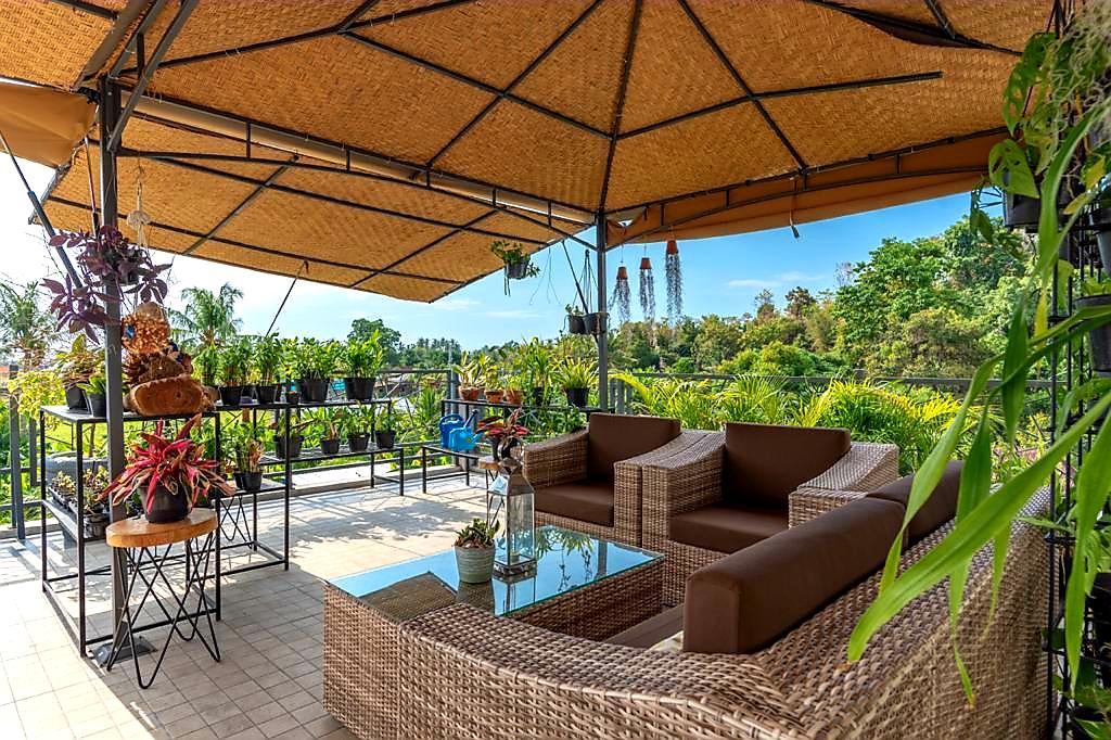 lovina-villa-sale-terrace2