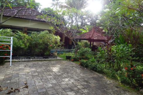 north-bali-lovina-house-sale-8
